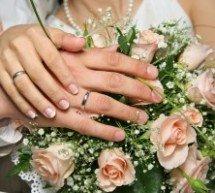 """Pergunta: """"Os casamentos não-católicos são válidos aos olhos da Igreja Católica? O que acontece se um católico se casa com um não-católico?"""""""