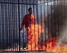 Depois de decapitar 21 cristãos, o ISIS queima 45 iraquianos