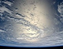 """Astrofísico de Harvard desafia os ateus: a Terra é """"Cosmicamente Especial"""""""